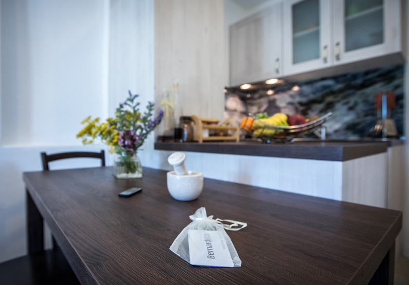 bernardica apartment slano dining room