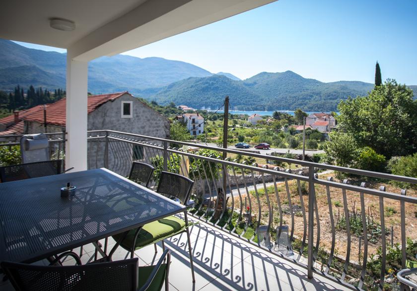 bernardica apartment slano terrace