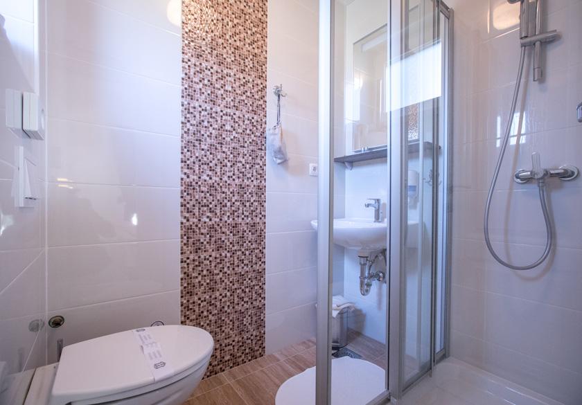 Soba Mato kupaonica