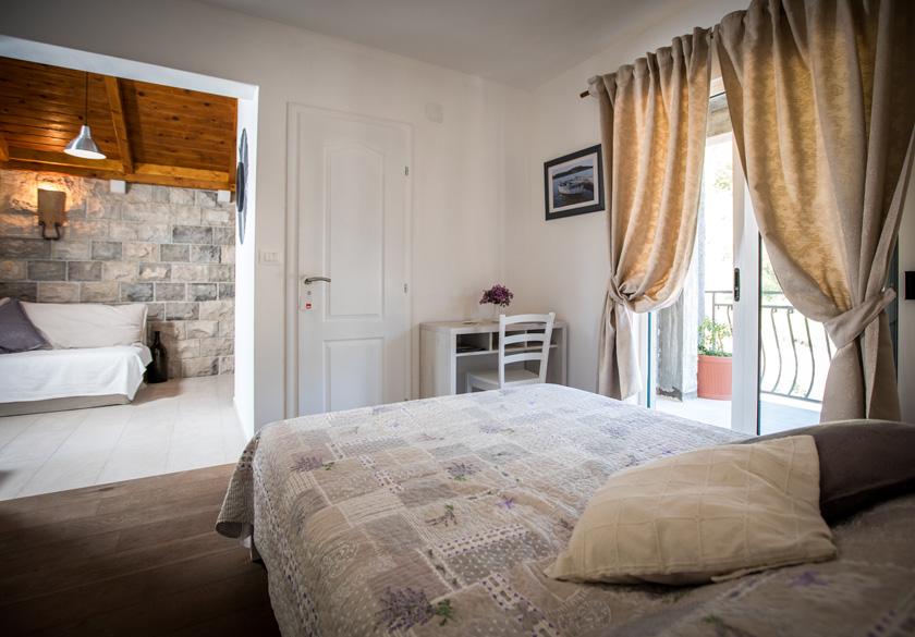 marijan apartment bedroom with balcony